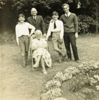 Derwent (standing, right) with his parents Horace and Doris and his twin brothers David and Stuart.  His older brother Douglass